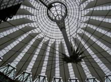 Toit du Sony center Potsdamer Platz à Berlin